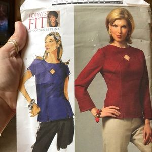 Vogue pattern V2967 all sizes included top shirt